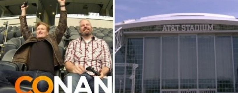 Famous presenter 'Conan O'Brien' plays games on At&t stadium's huge screen
