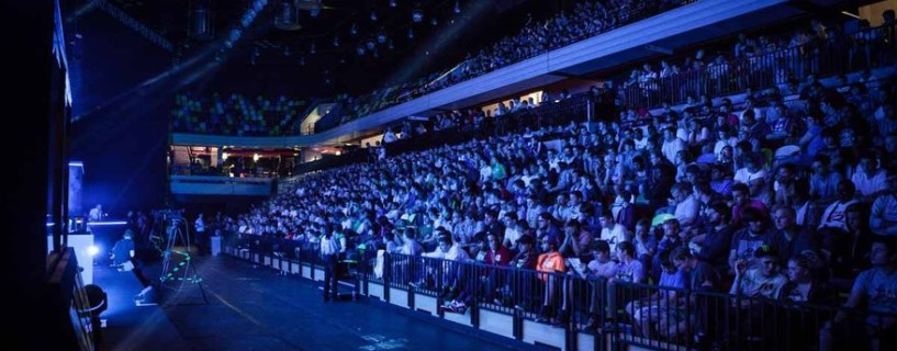 """""""Esports"""" is now an official word in the dictionary"""