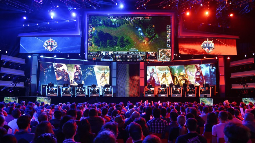 Anticipated Rivalry Between Yahoo And Espn In Esports Coverage Esports Middle East