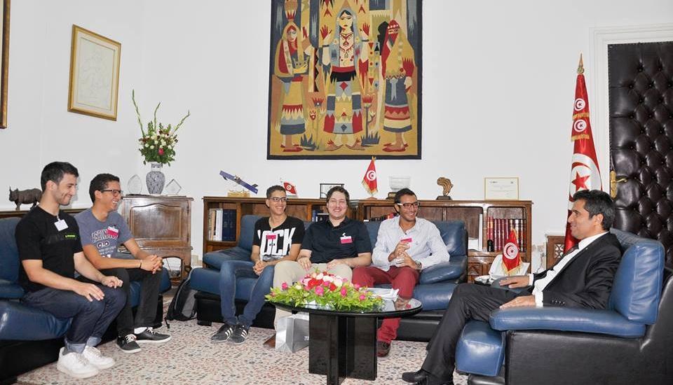 Photo of وزير الاتصالات التونسي يلتقي بممثلي الجمعية التونسية للألعاب الإلكترونية