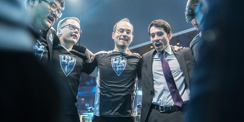 Photo of فريق H2K Gaming ينتزع بقعة نصف نهائي League World Championship الأخيرة