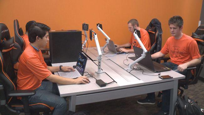 Photo of جامعة Indiana Tech تعلن عن البرنامج الطلابي لمحترفي الرياضات الإلكترونية