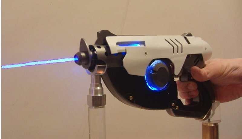 Photo of Someone made a functional Tracer gun from Overwatch