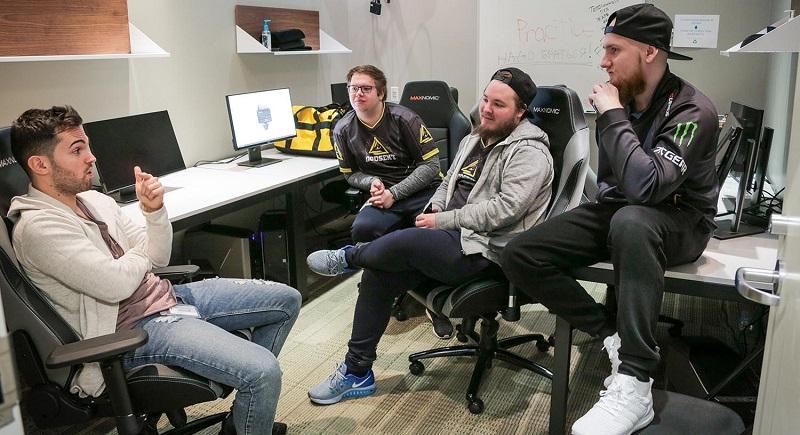 Photo of اللاعب JW يعود إلى Fnatic في تبادل مع GODSENT والمزيد