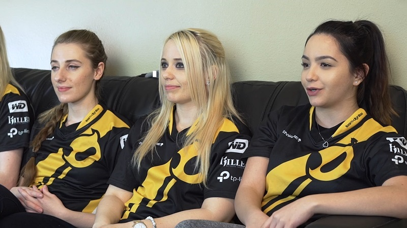 Photo of These girls will be representing Team Dignitas in female tournaments