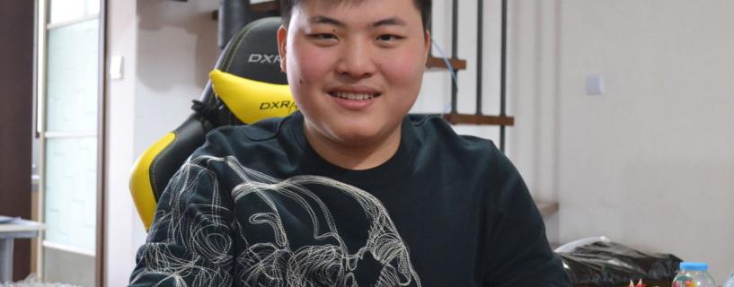 اللاعب Uzi يعاني مجددا من إصابة في يده تمنعه من مواجهة LGD Gaming