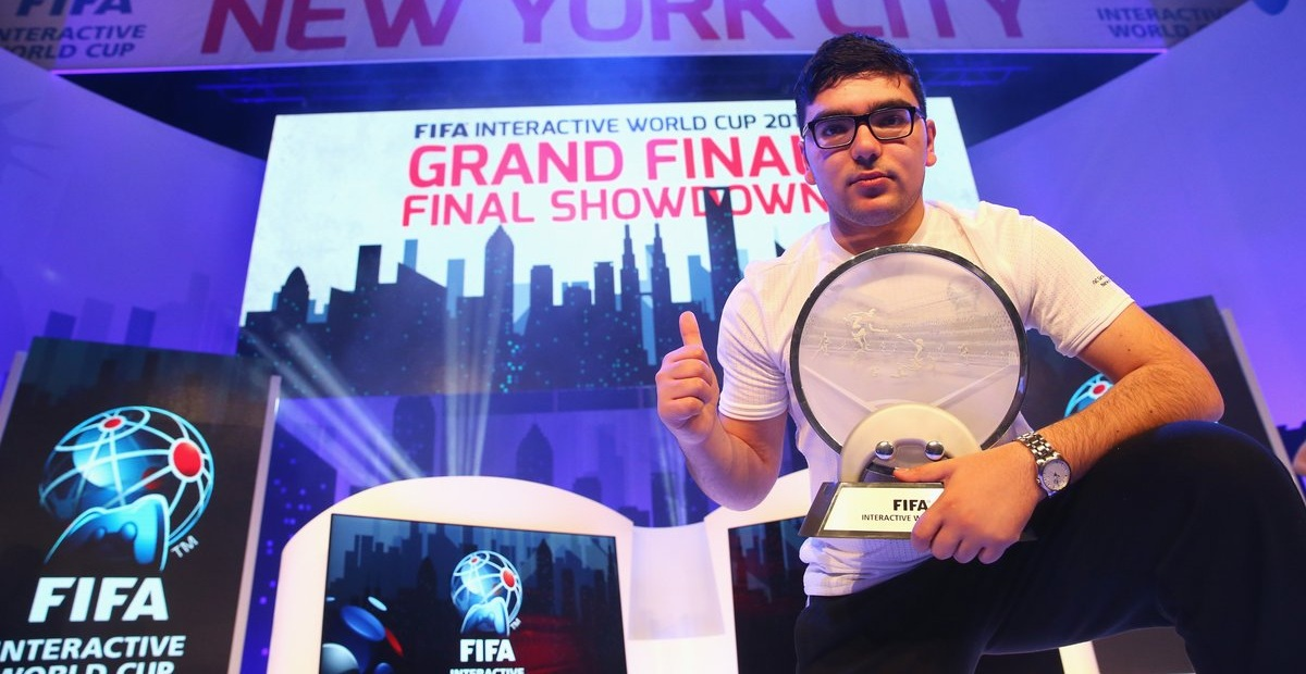 "Photo of تعرف على بطل العالم في لعبة FIFA ""محمد الباشا"" مع مقابلتنا الحصرية"