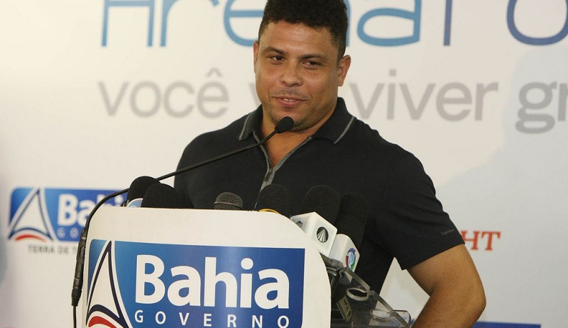 Photo of البرازيلي الأسطورة Ronaldo سيحضر نهائيات MSI للعبة League of Legends