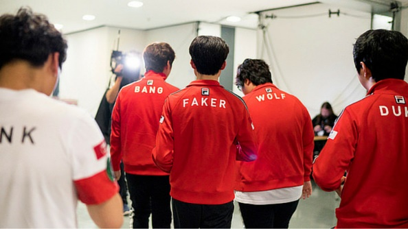 Photo of Faker and co welcome newest SK Telecom T1 members