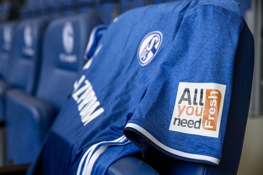 Photo of نادي Schalke 04 الألماني يكسب ملايين الدولارات من دخوله مجال الرياضات الإلكترونية