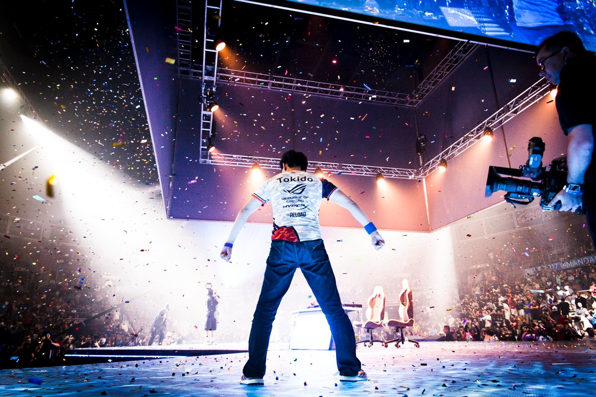 Photo of Tokido is the EVO 2017 Street Fighter V champion