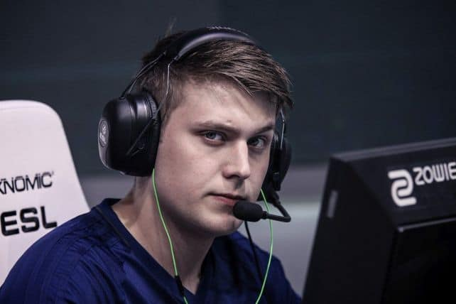 Photo of k0nfig shatters CS: GO world record at DreamHack Masters Marseille qualifiers