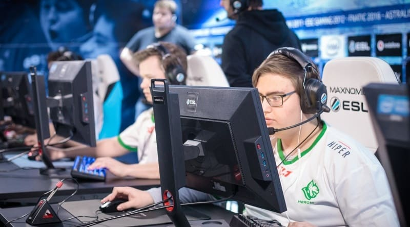 Photo of More teams survive to DreamHack Masters Stockholm 2018 main event