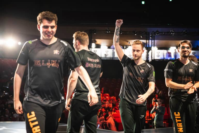 Photo of Flawless performance by Fnatic qualified them to the semifinals at Worlds 2018