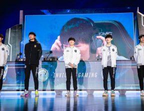 أداء رائع من فريق Invictus Gaming يأخذهم إلى الدور النصف نهائي في بطولة العالم Worlds 2018