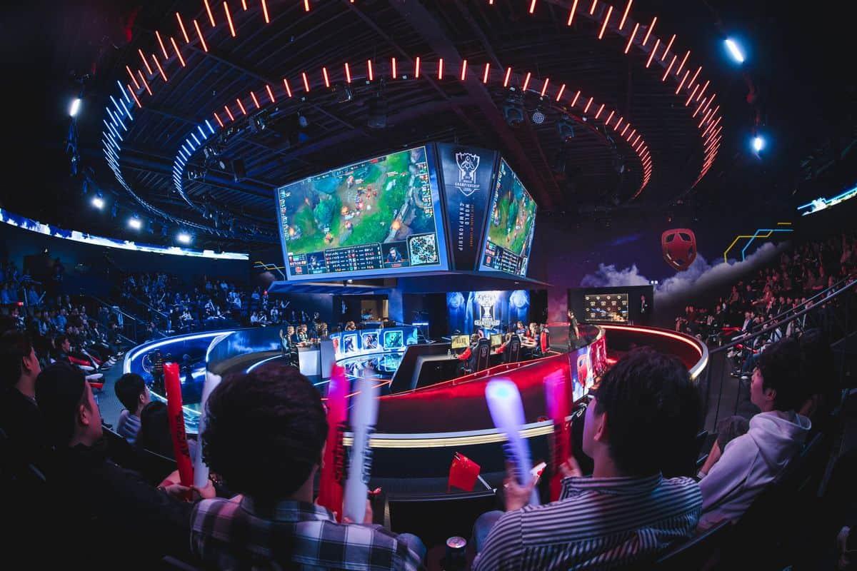 Photo of فوز رائع للأوروبي G2 و المزيد خلال اليوم الأول من مرحلة المجموعات في League of Legends Worlds 2018
