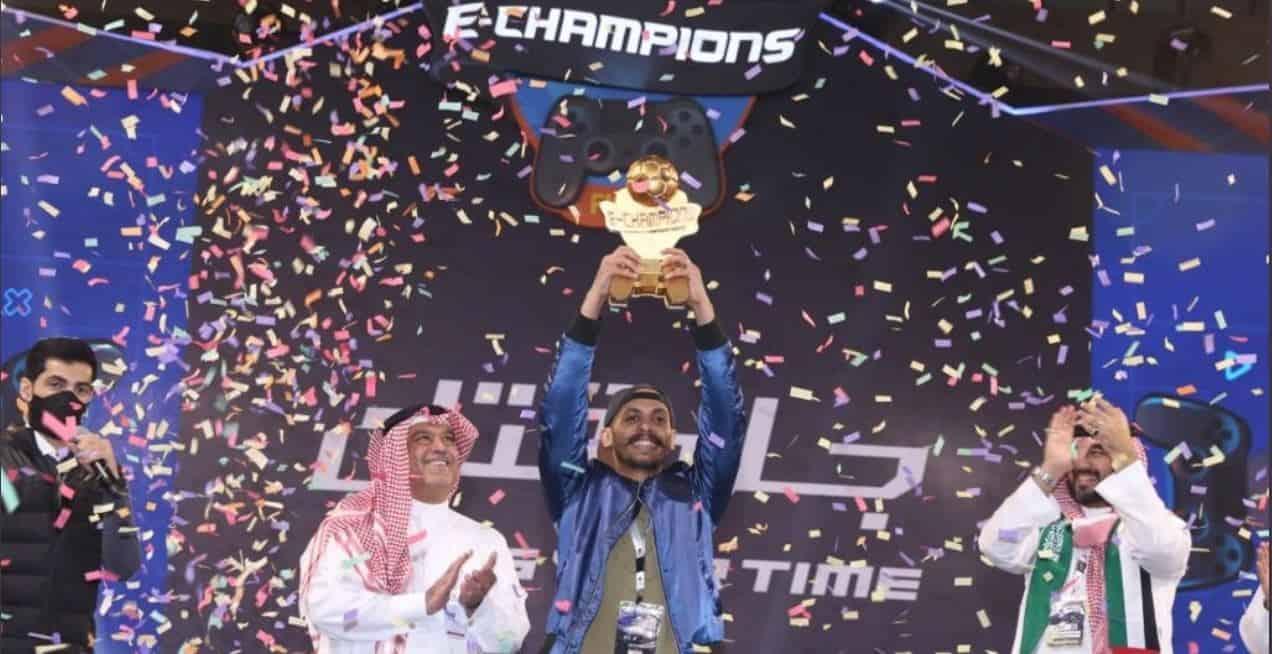 Photo of فوز السعودي عبدالرحمن بلوعل بجائزة 300 ألف ريال في أحدث بطولات FIFA بالمملكة العربية السعودية