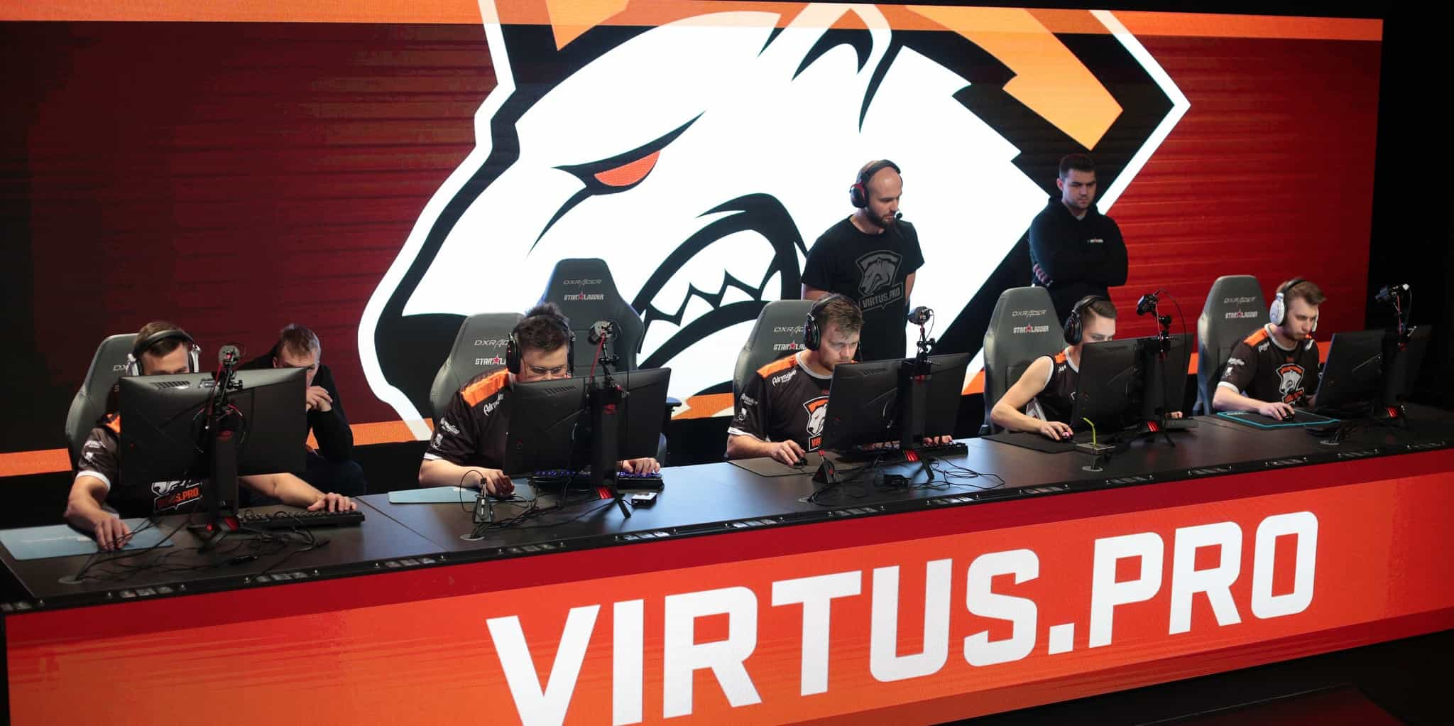 Photo of Virtus.Pro is bringing back two legacy CS: GO players to its roster