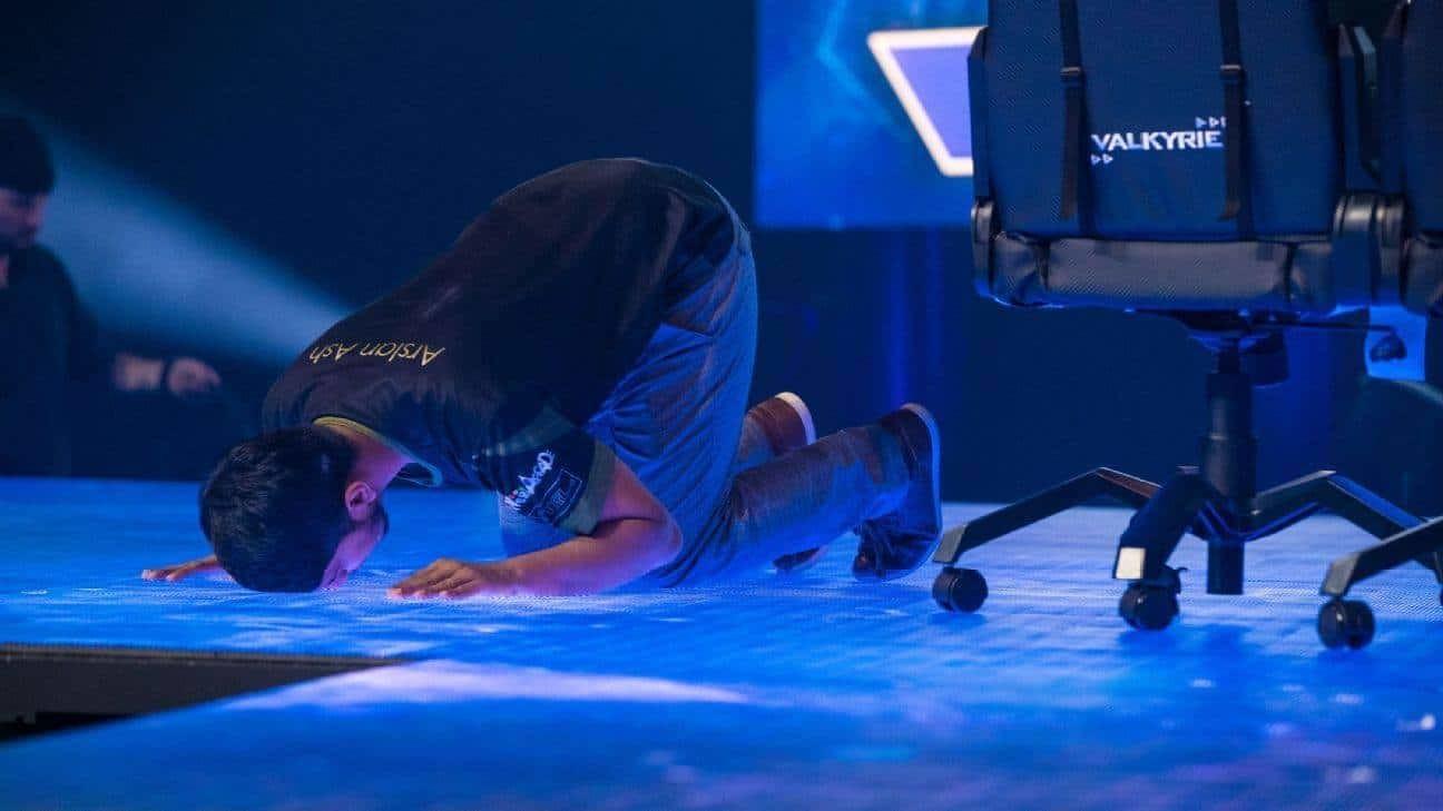 Photo of تألق عربي مشرف خلال بطولة EVO 2019