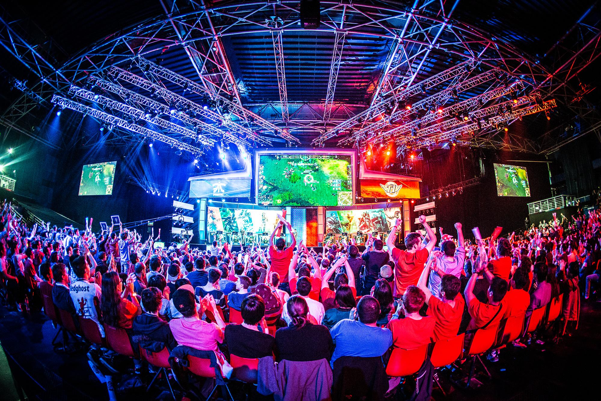 الرياضات الإلكترونية نشاط عالمي مستقبلي